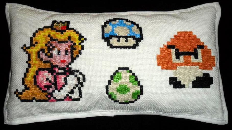Broderie coussin Mario